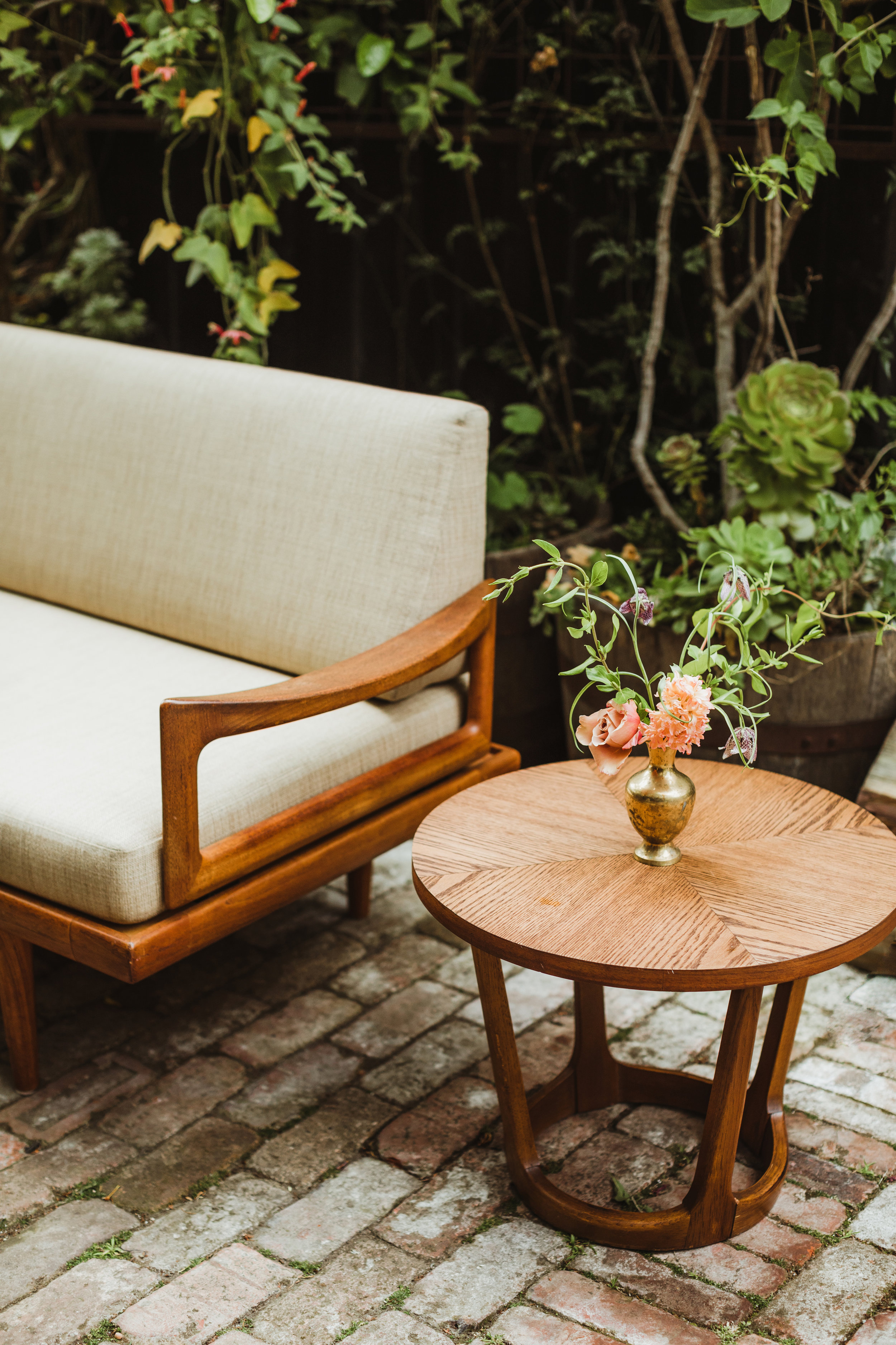 San Francisco Intimate Wedding at Stable Cafe Wedding Photography by Hannah Costello