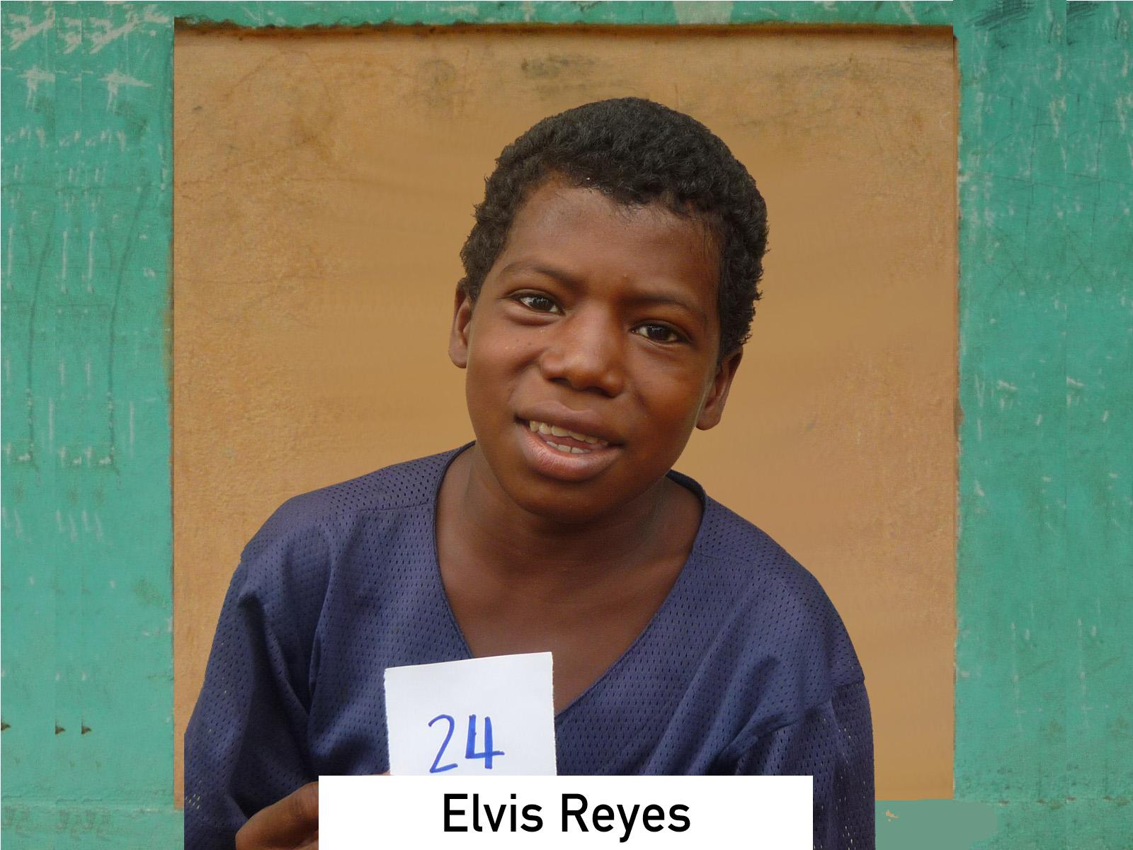 024 - Elvis Reyes.jpg