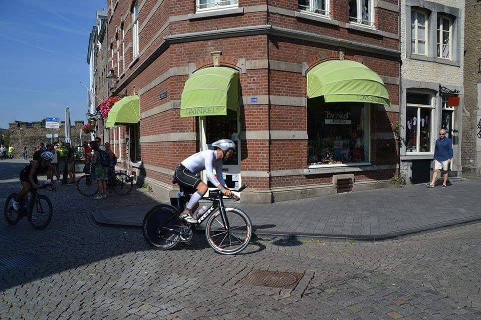 Cobbles through town at the end of lap one