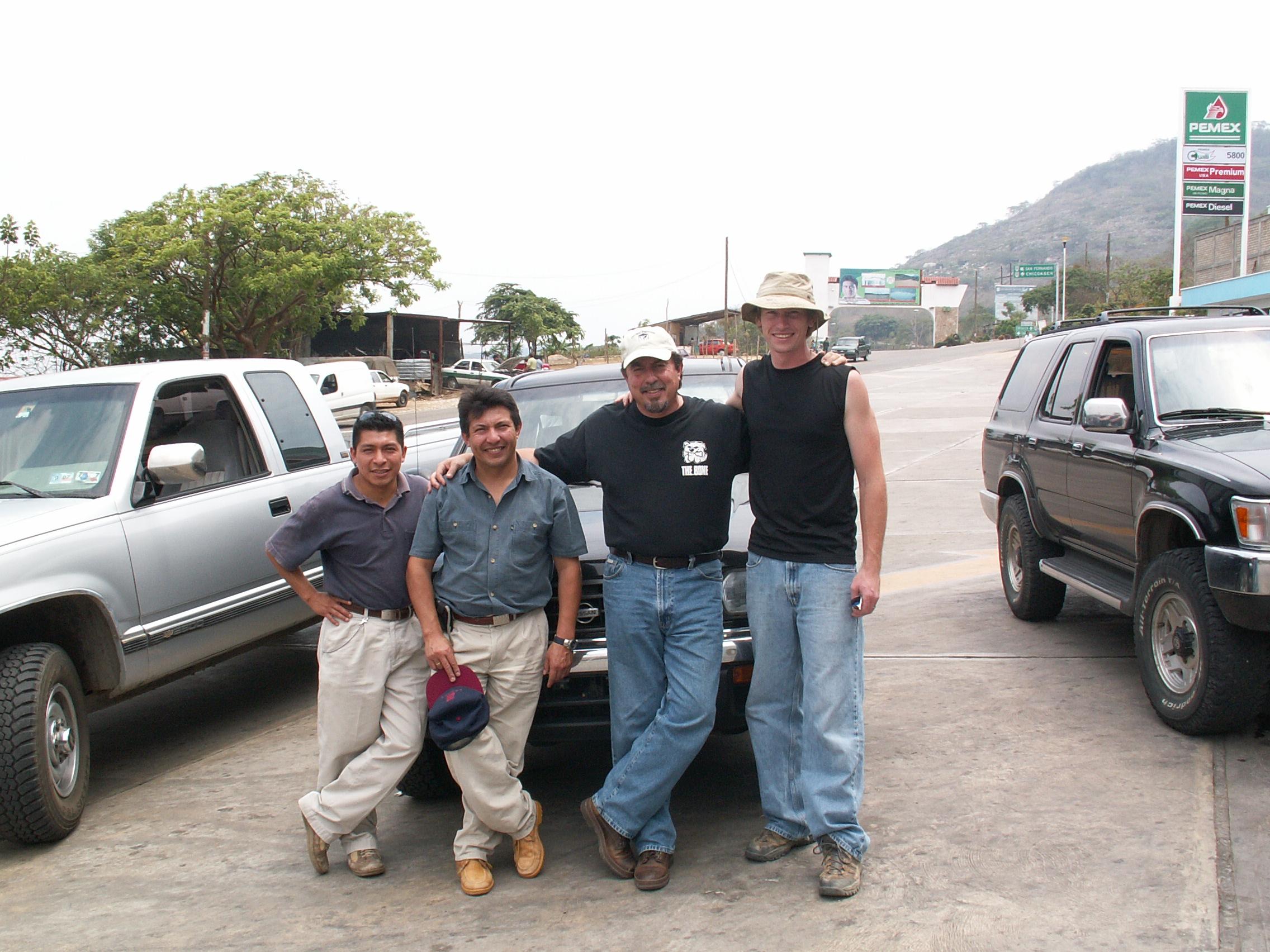 Joel, Dr. Ramiro, Mark Sena and Nathan leaving for Zoque land.JPG
