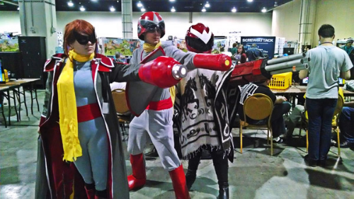 The Proto Woman from Otakon returns! Got a three amigos shot here.