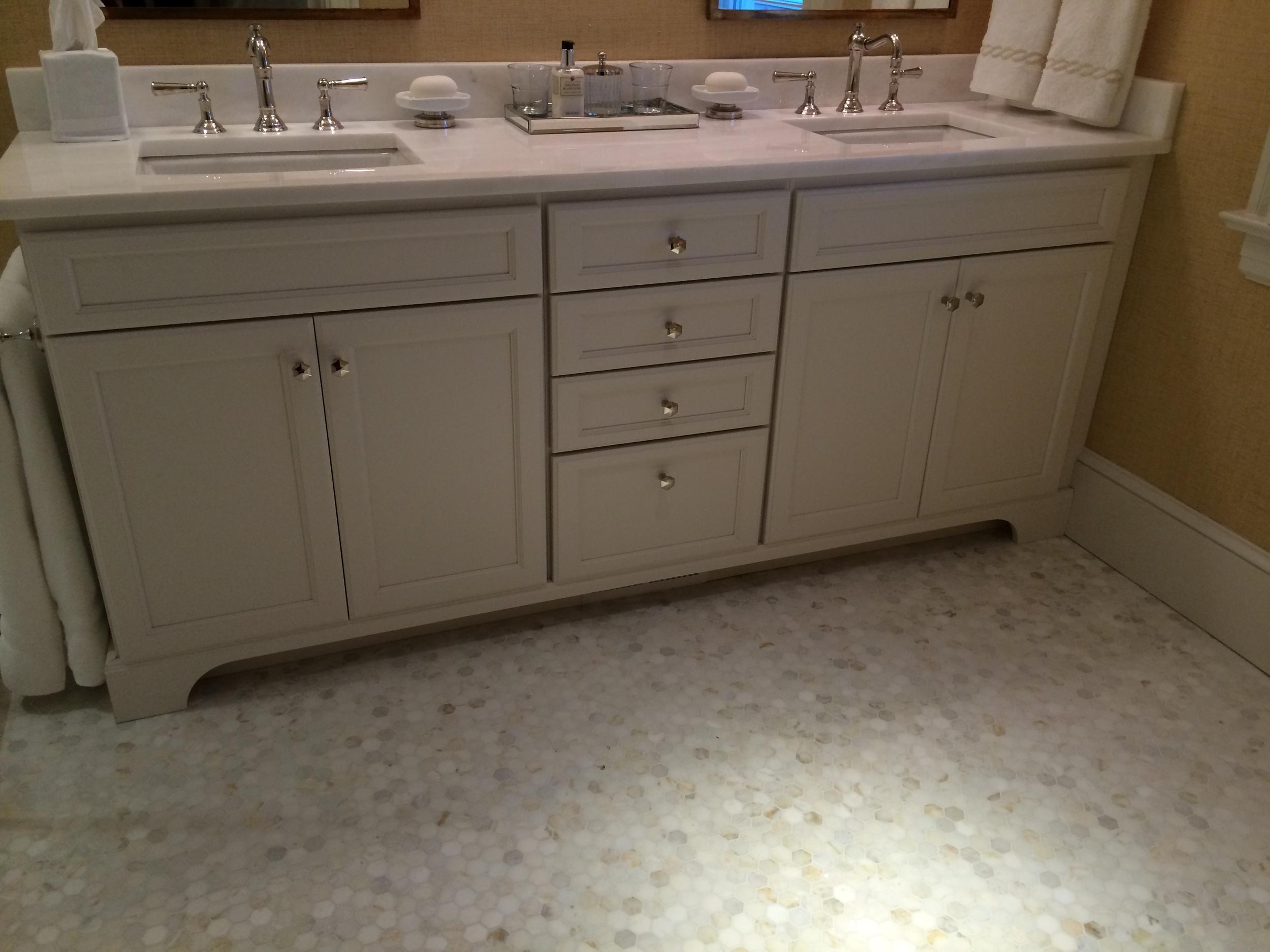 spinnaker master bath vanity