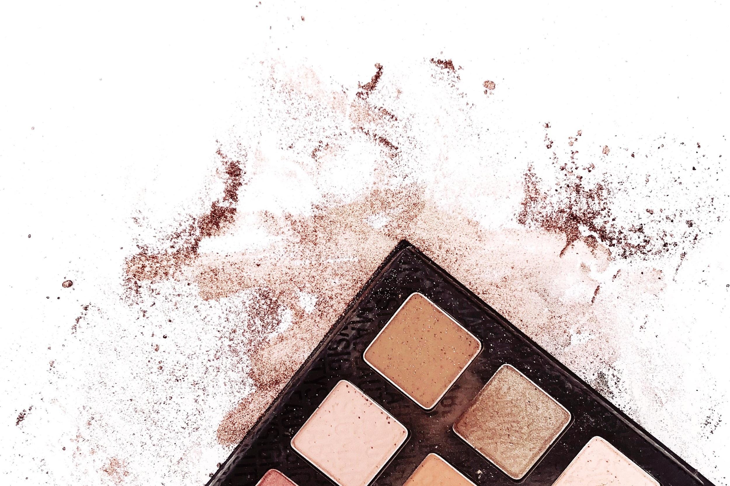 MakeupFlatLay.jpg