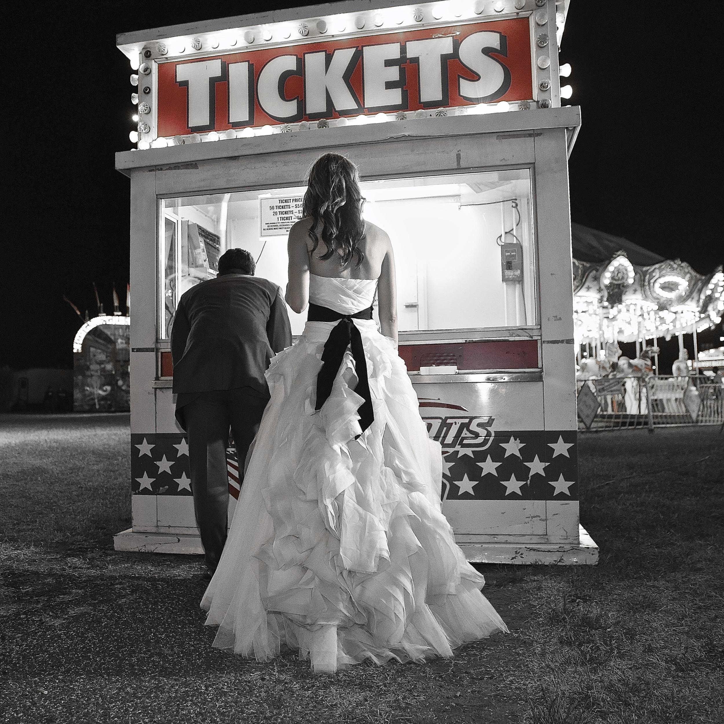 BRIDE + GROOM    PHOTO + VIDEO