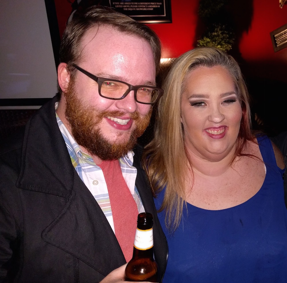 Our guest is   @BronzeHammer  , who tells a Topical Joke and tales of NYE with Mama June.