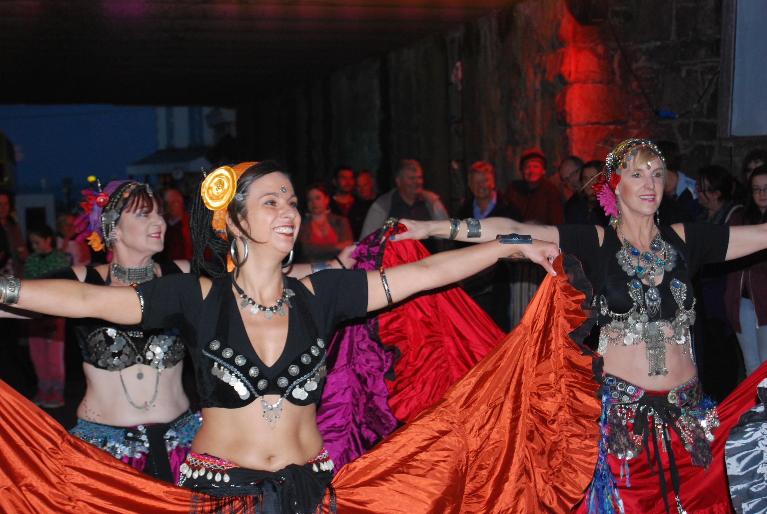 Dancers 1 (2).jpg