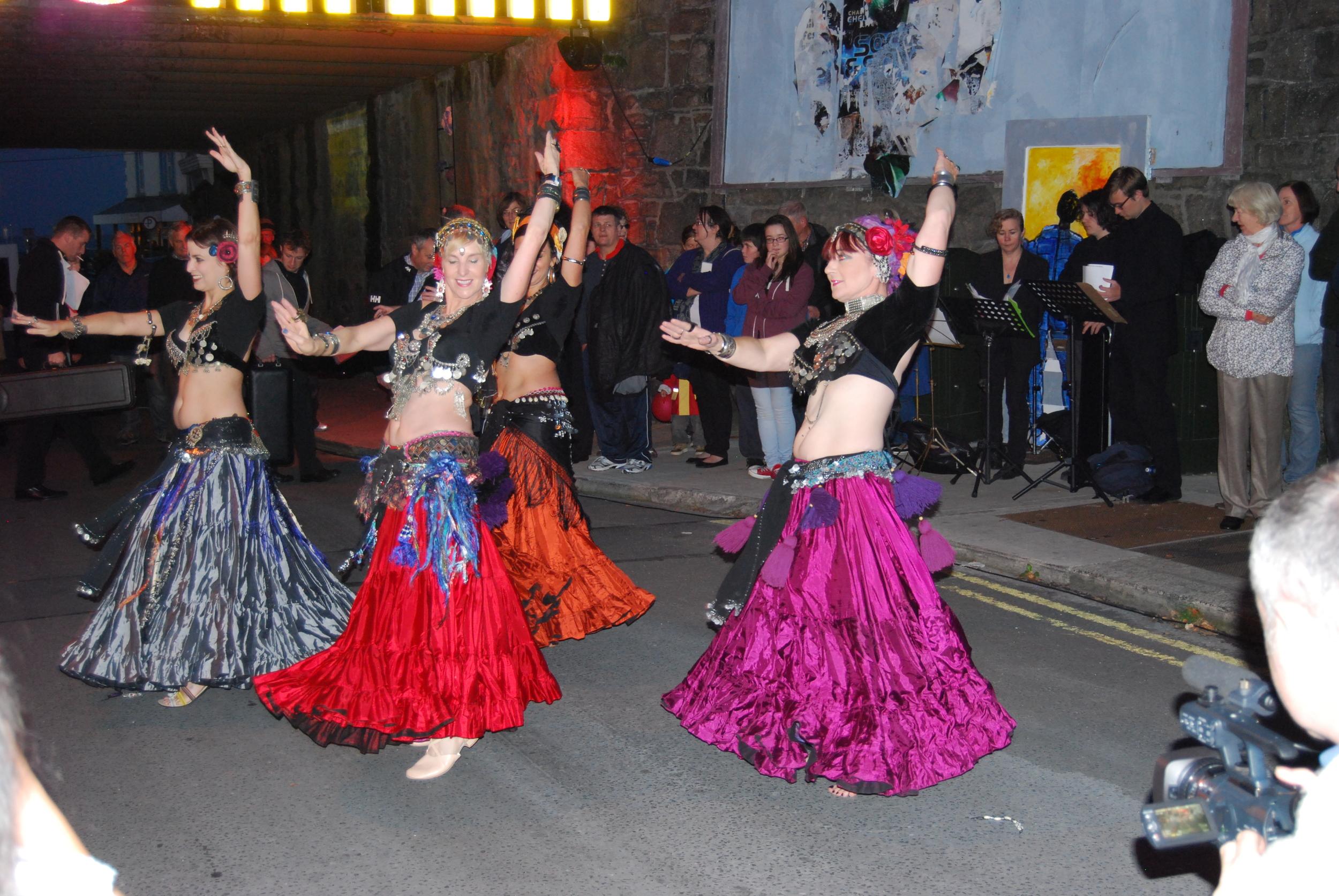 Dancers 2 (2).jpg