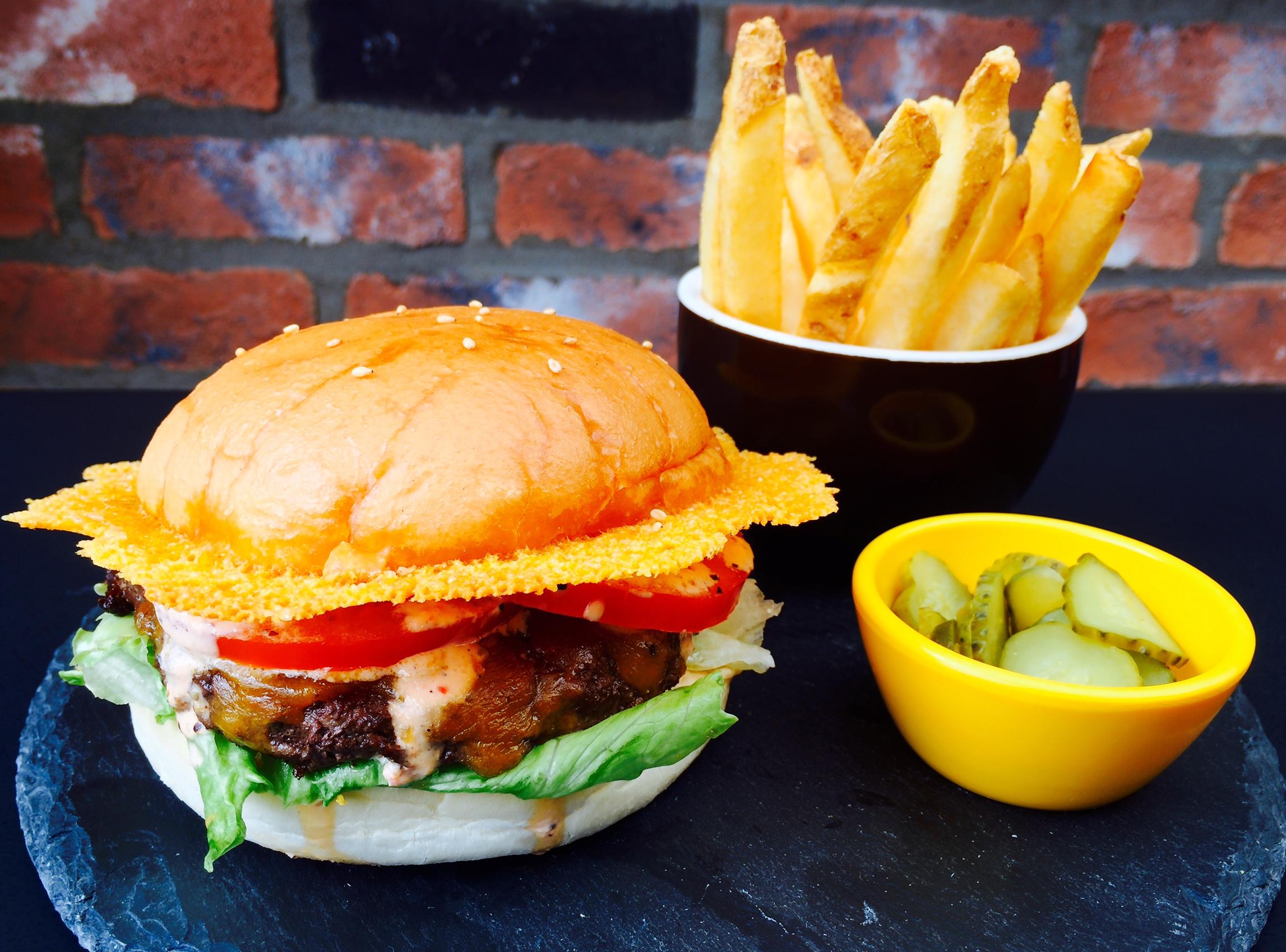 burger chrome.jpg