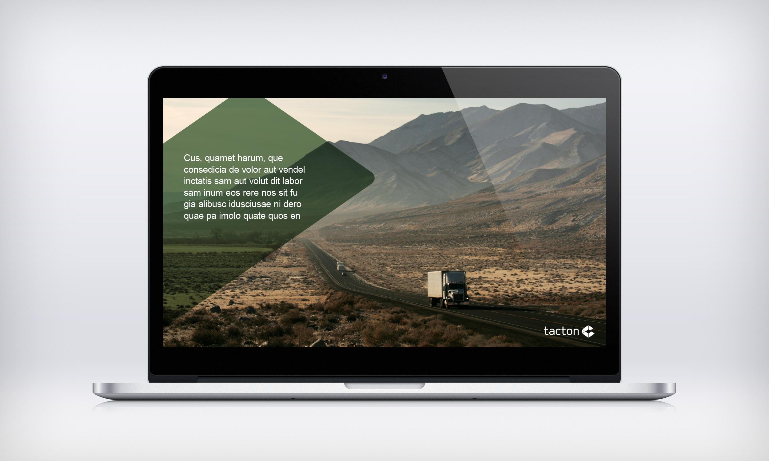 MacBook-Pro-mockup_ppt_manual_3.jpg