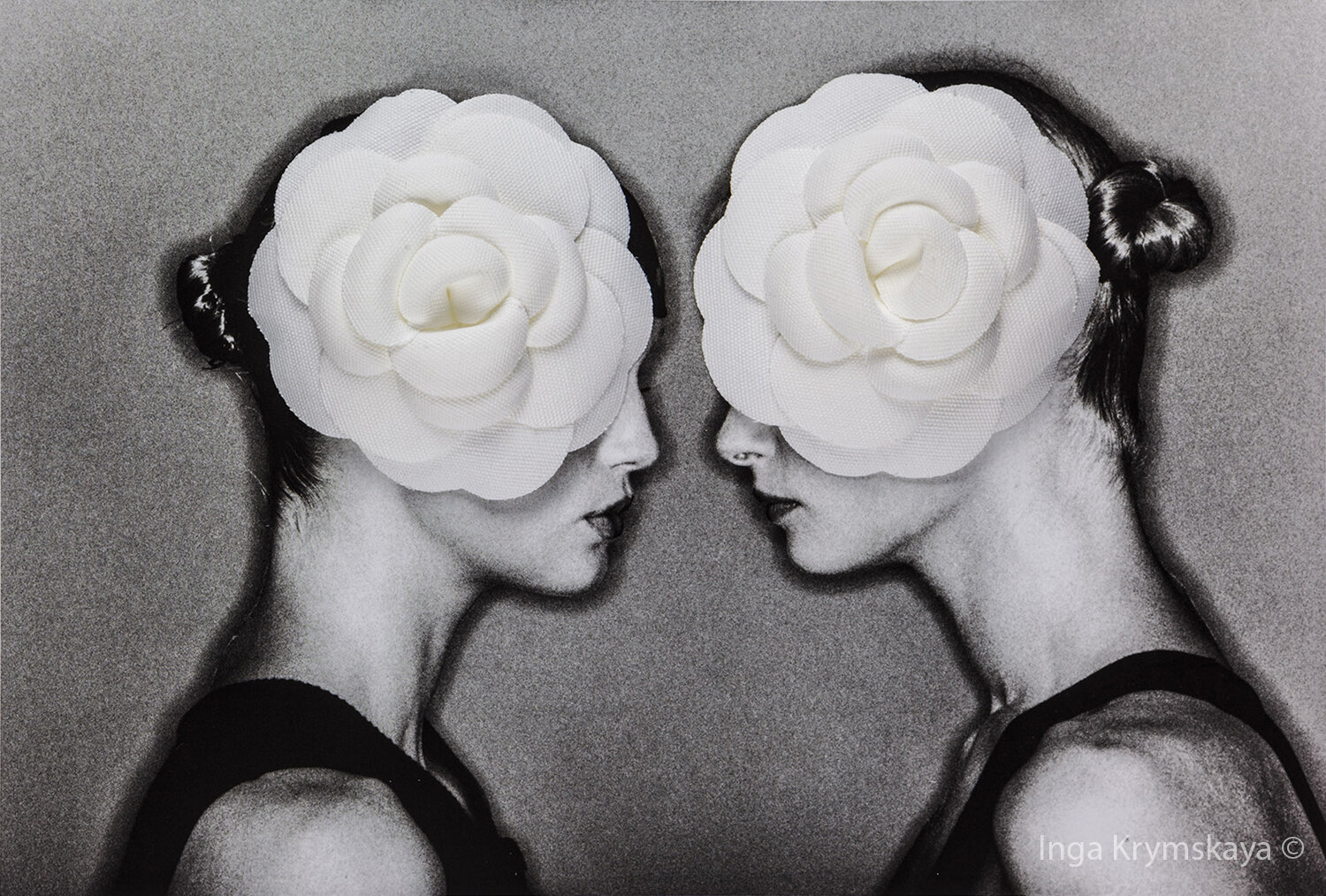 """Women, Roses and Chanel"",  Photography on Fine Art Paper,  mounted on dibond covered with acrylic glass,E 1/6"