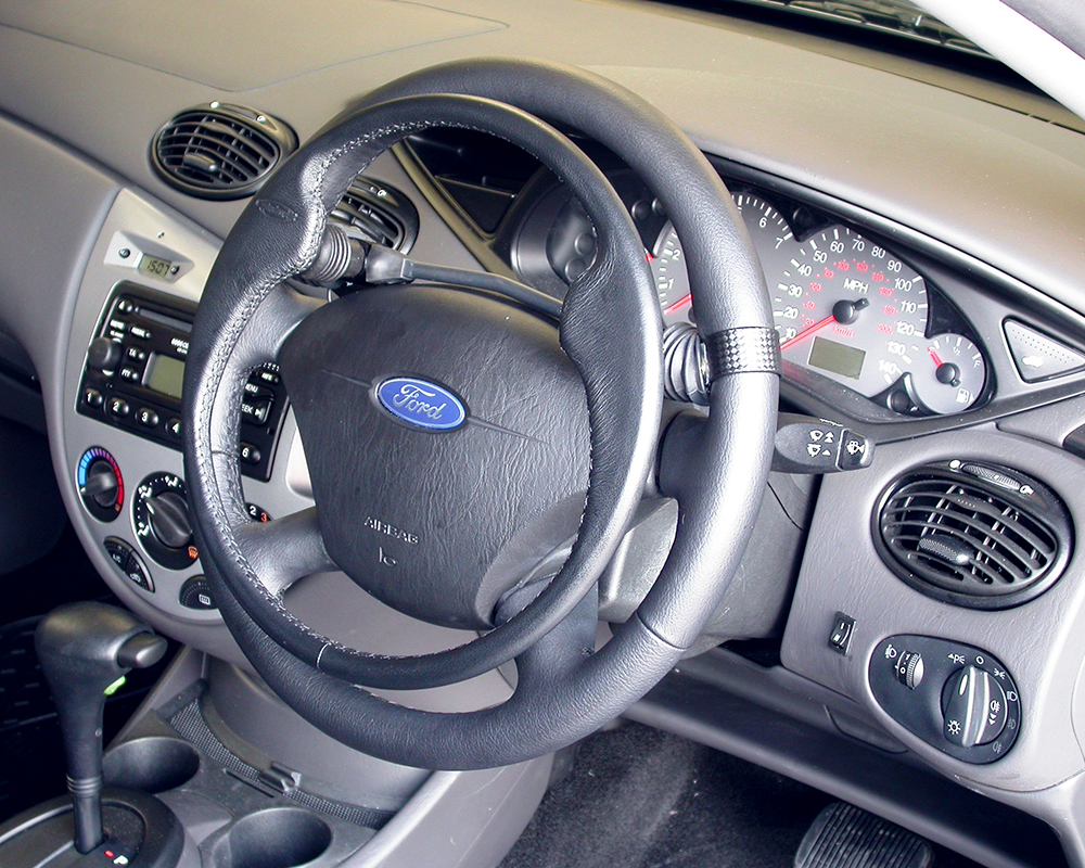 Disabled-Vehicle-Motability-Adaptation-Car-South-West-UK-Wiltshire-Hand-Controls-01.jpg