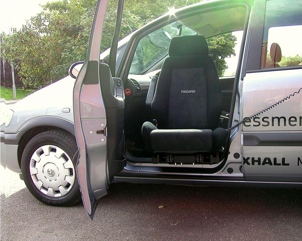 disabled-vehicle-adaptation-turny-2.jpg
