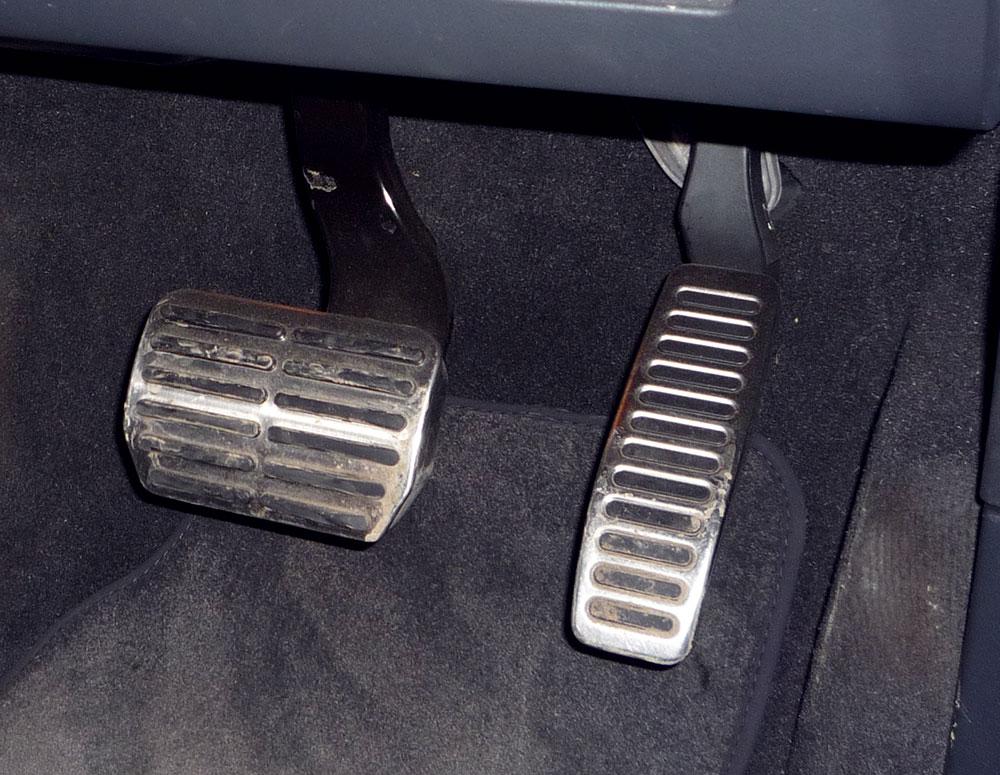Making-Driving-Easier-Other-Servo-Braking.jpg