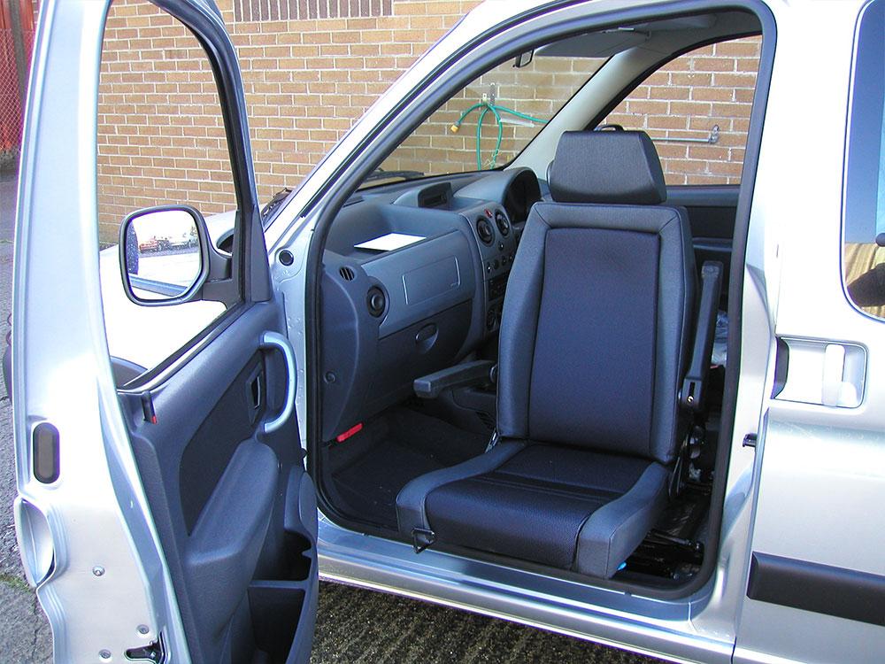 vehicle-adaptation-disabled-motability-Elap-Rotating-Car-Seat3.jpg