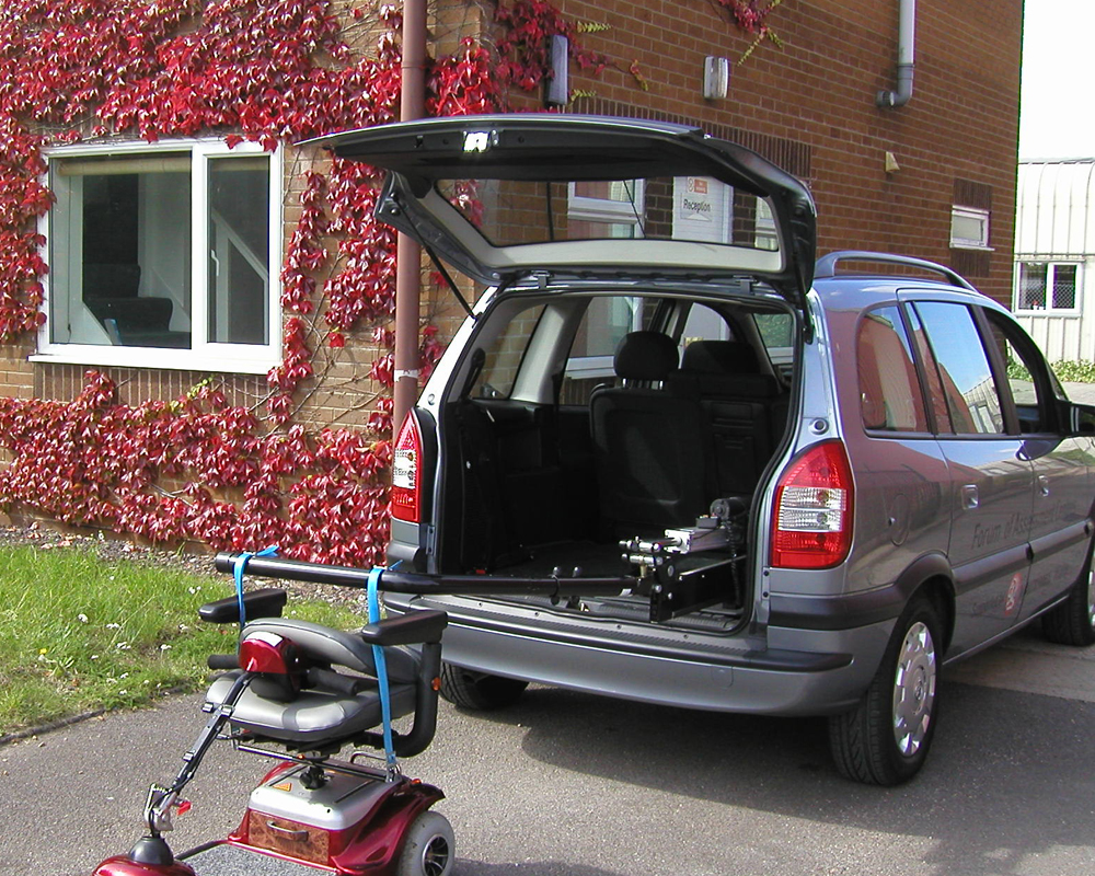 disabled-vehicle-adaptation-telescopic-8.jpg