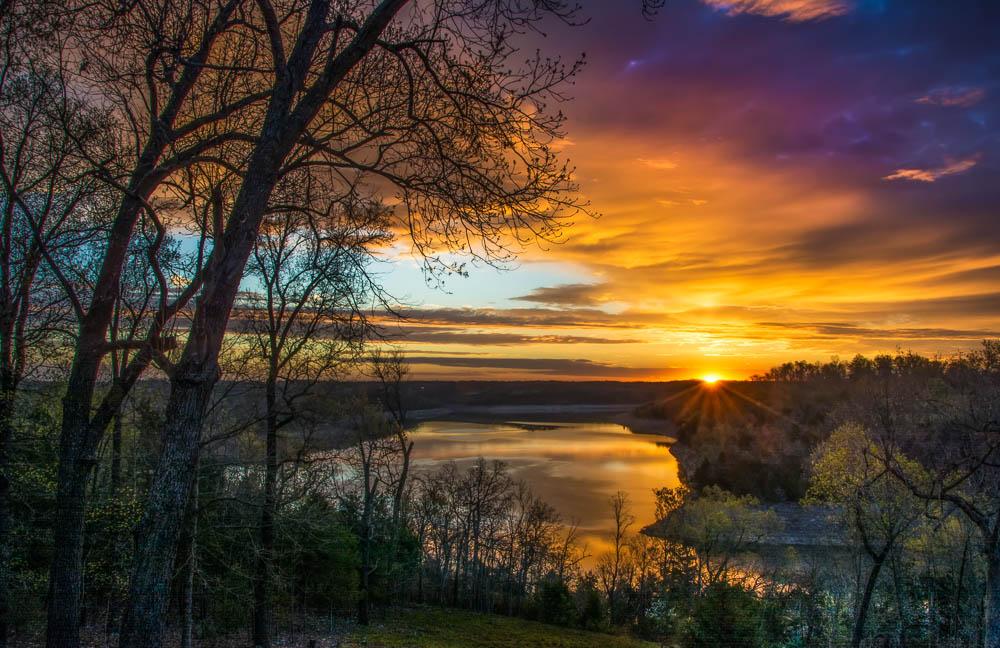 Bull Shoals Lake sunrise