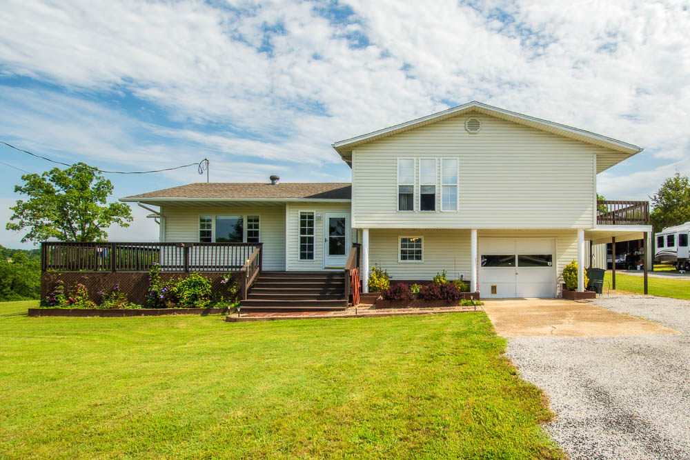1402 Brightwell Rd, Protem, MO 65733