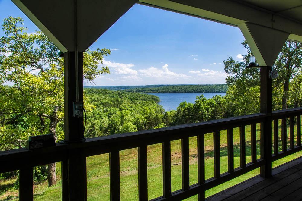 Bull Shoals Lake home, Isabella, Missouri