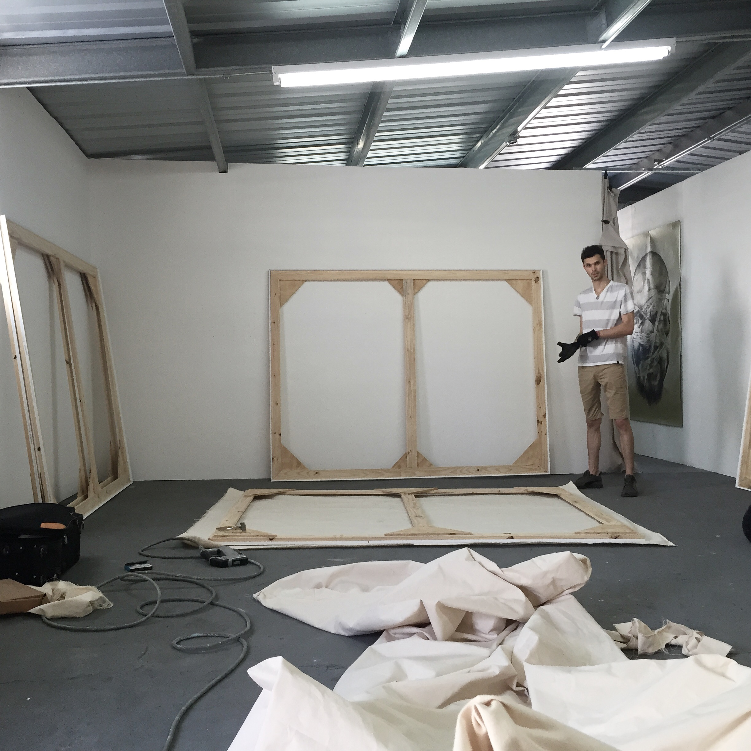 Andre Pagano in his preparation of Dark Matter show at  La productora August 2015.
