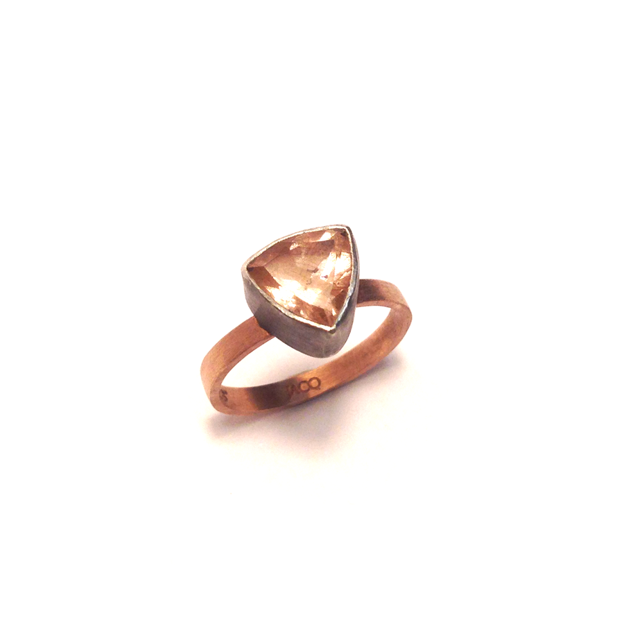 Sunstone-rose-gold-band-1-top.png