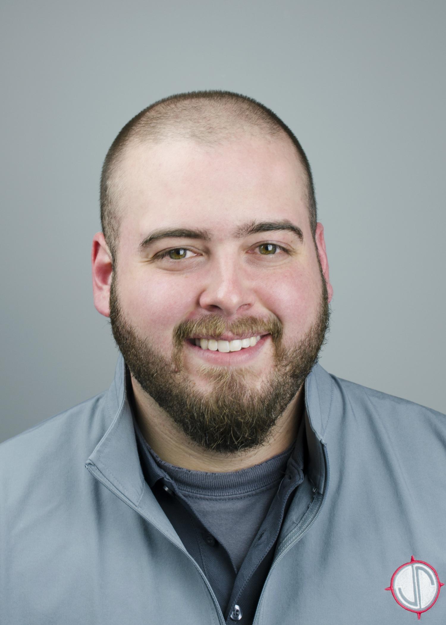 ERIC DAVIDSON , Lead Carpenter