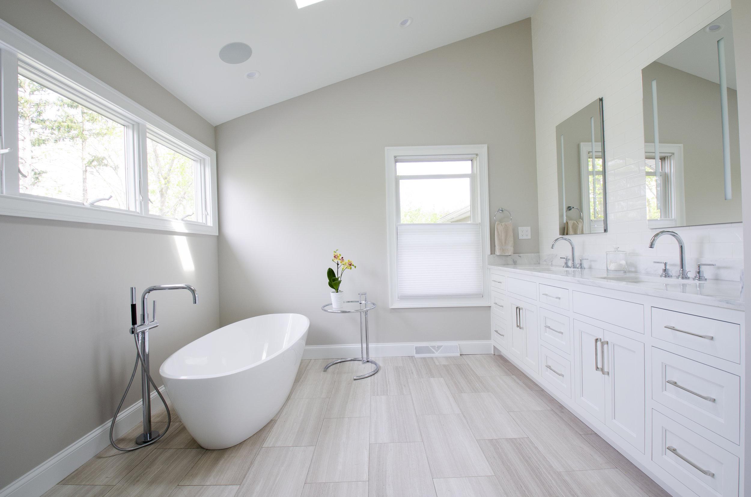 Master Bath_02.jpg