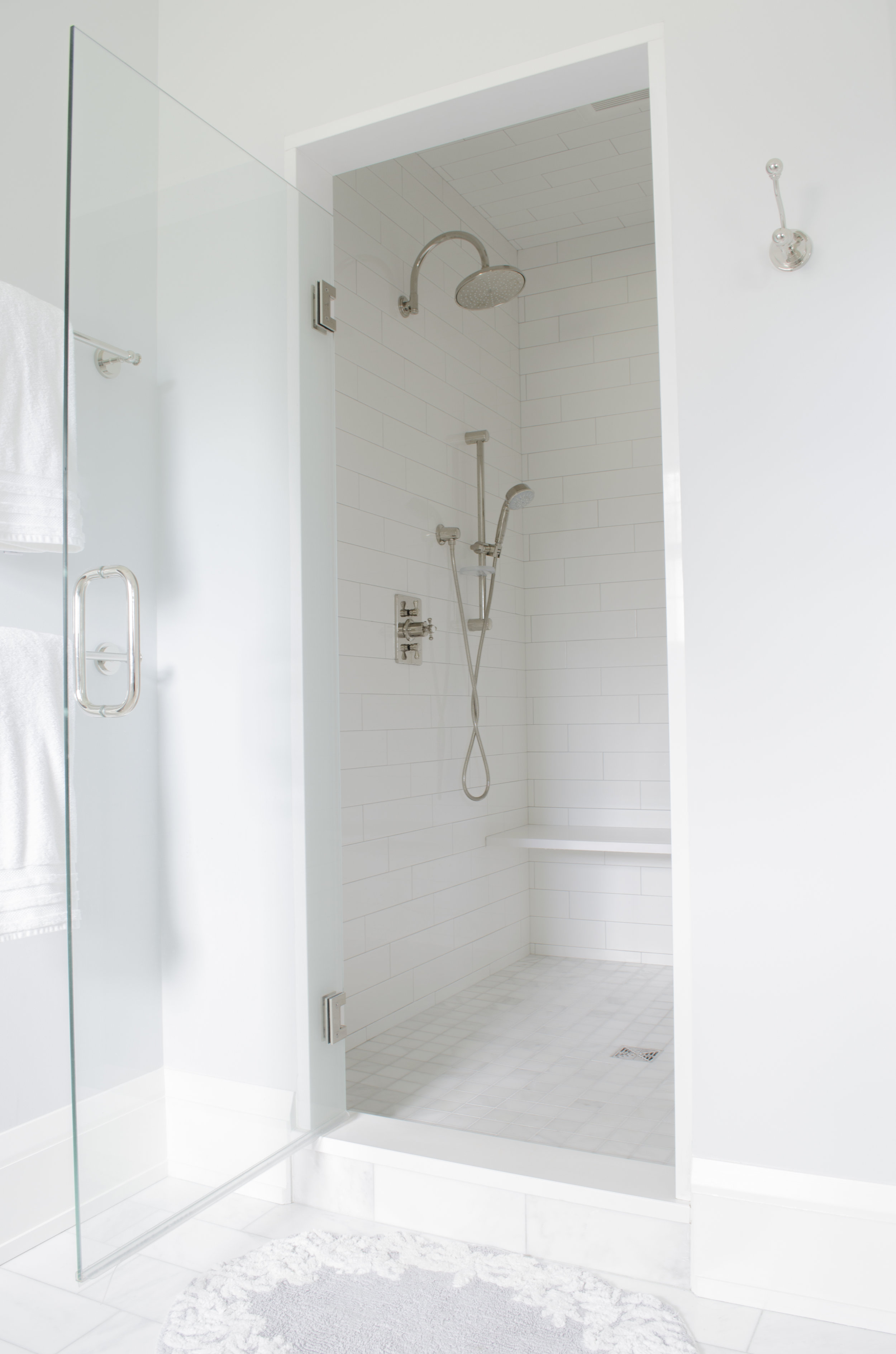 ROJ_Master Bath_03.jpg