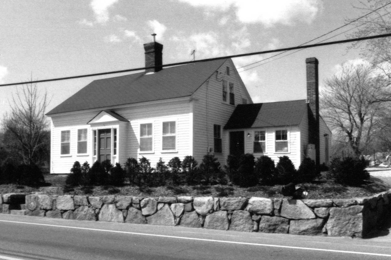 The Toll House at 123 East Main Street, Hopkinton (image from the town's 1989 survey) .