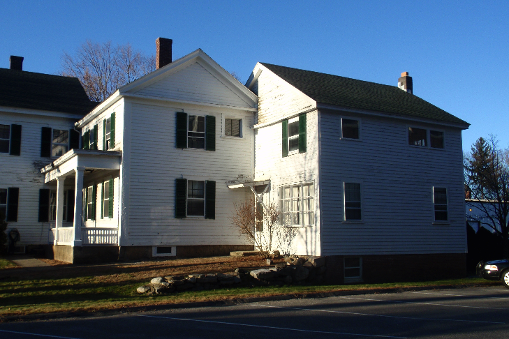 The added ell between the main house and the original barn.