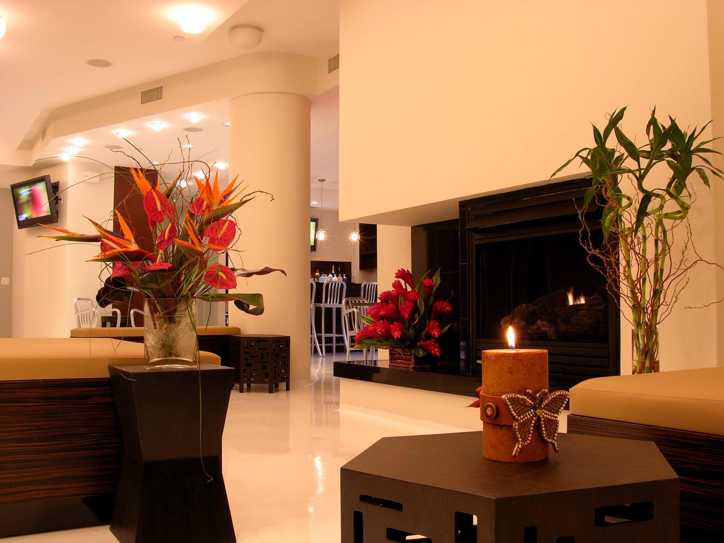 Lounge with Fireplace.jpg