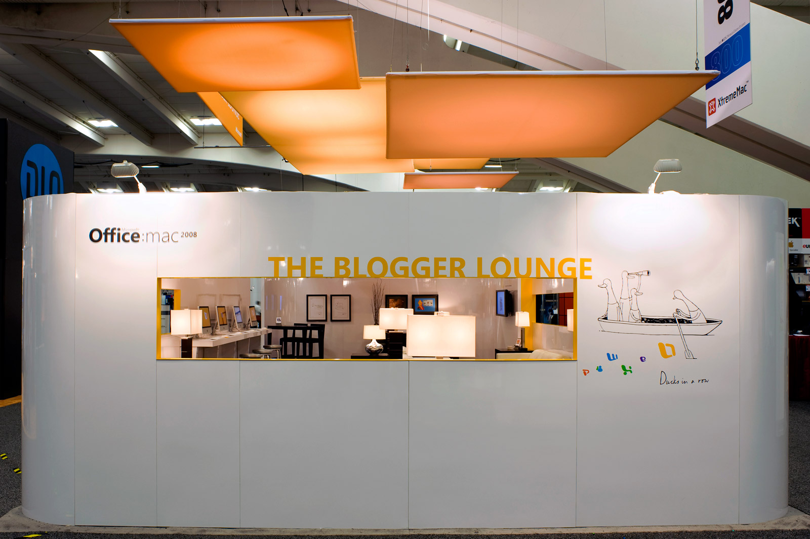 The-Blogger-Lounge-exterior-2_med.jpg