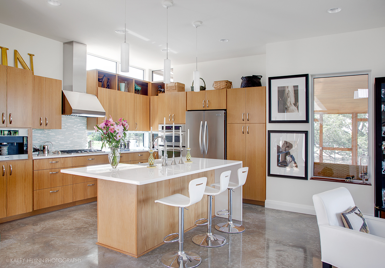Hoffmanresidence-Kitchen1_11X17.jpg