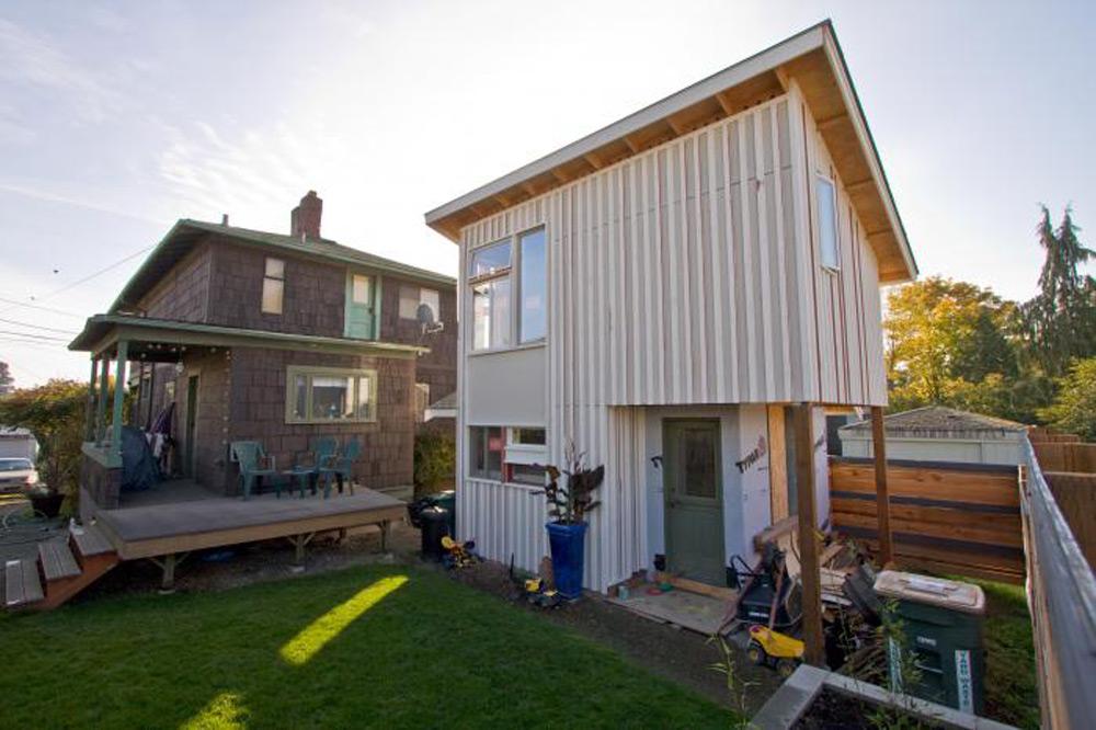 http://urbanful.org/2014/07/24/cottages-next-urban-infill-trend/