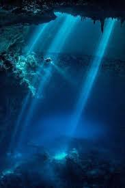 Diving The Cathedrals, Lanai