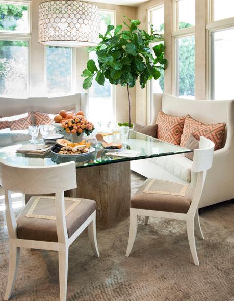 http://thedecorista.com/2011/06/the-art-of-living-dining-room-de-lights.html