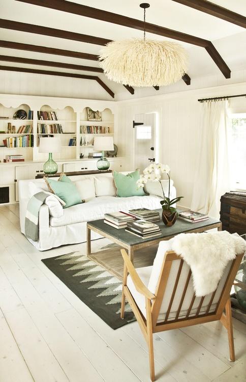 sea-glass-inspired-living-room-hellolovelyliving.com-1.jpg