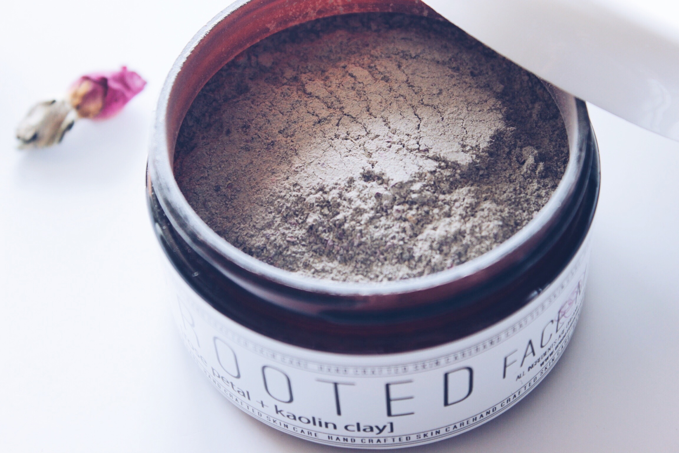 Natural Skincare | Uprooted Skincare Review | HelloLovelyLiving.com