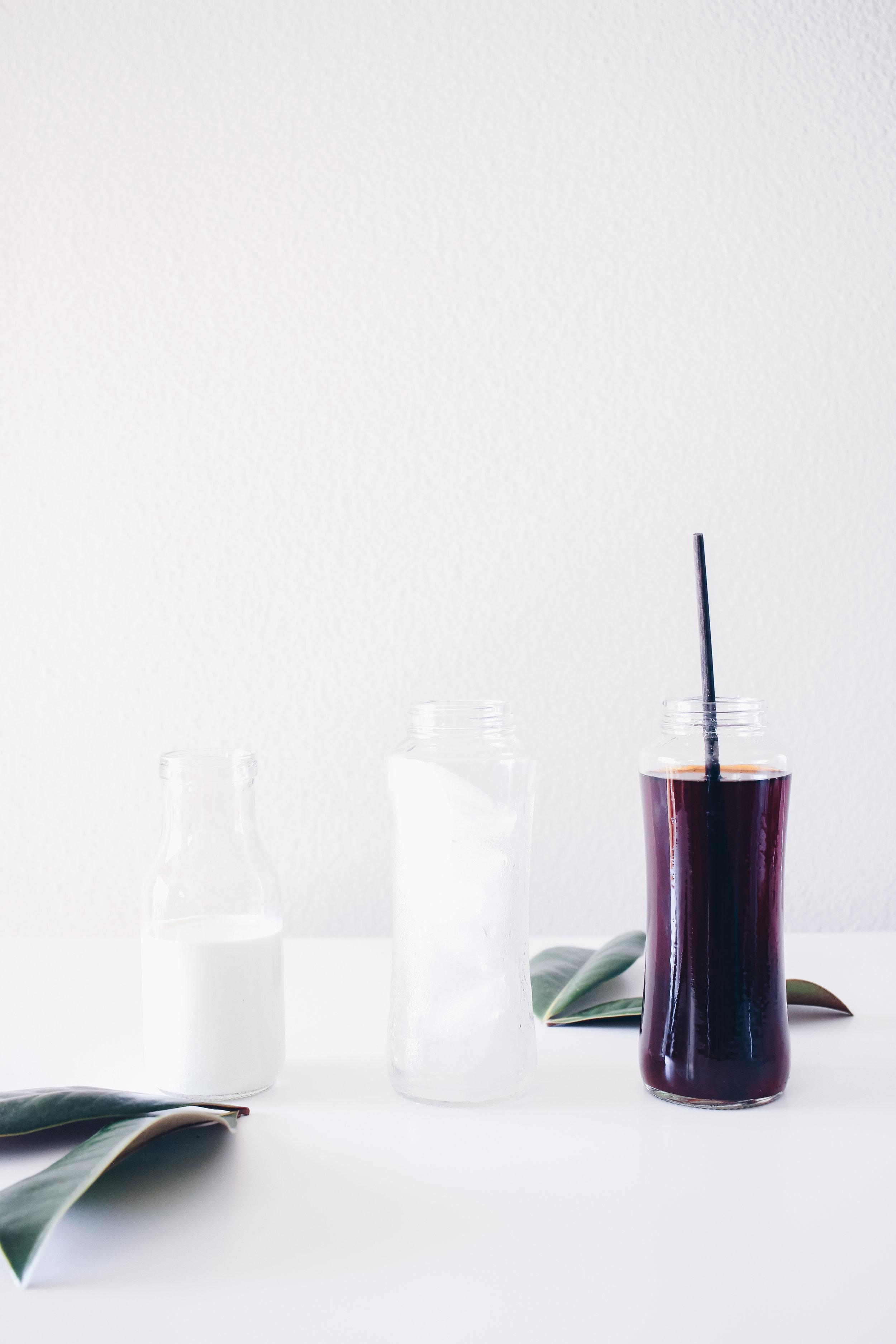 HelloLovelyLiving.com   Creamy Thai Tea Recipe