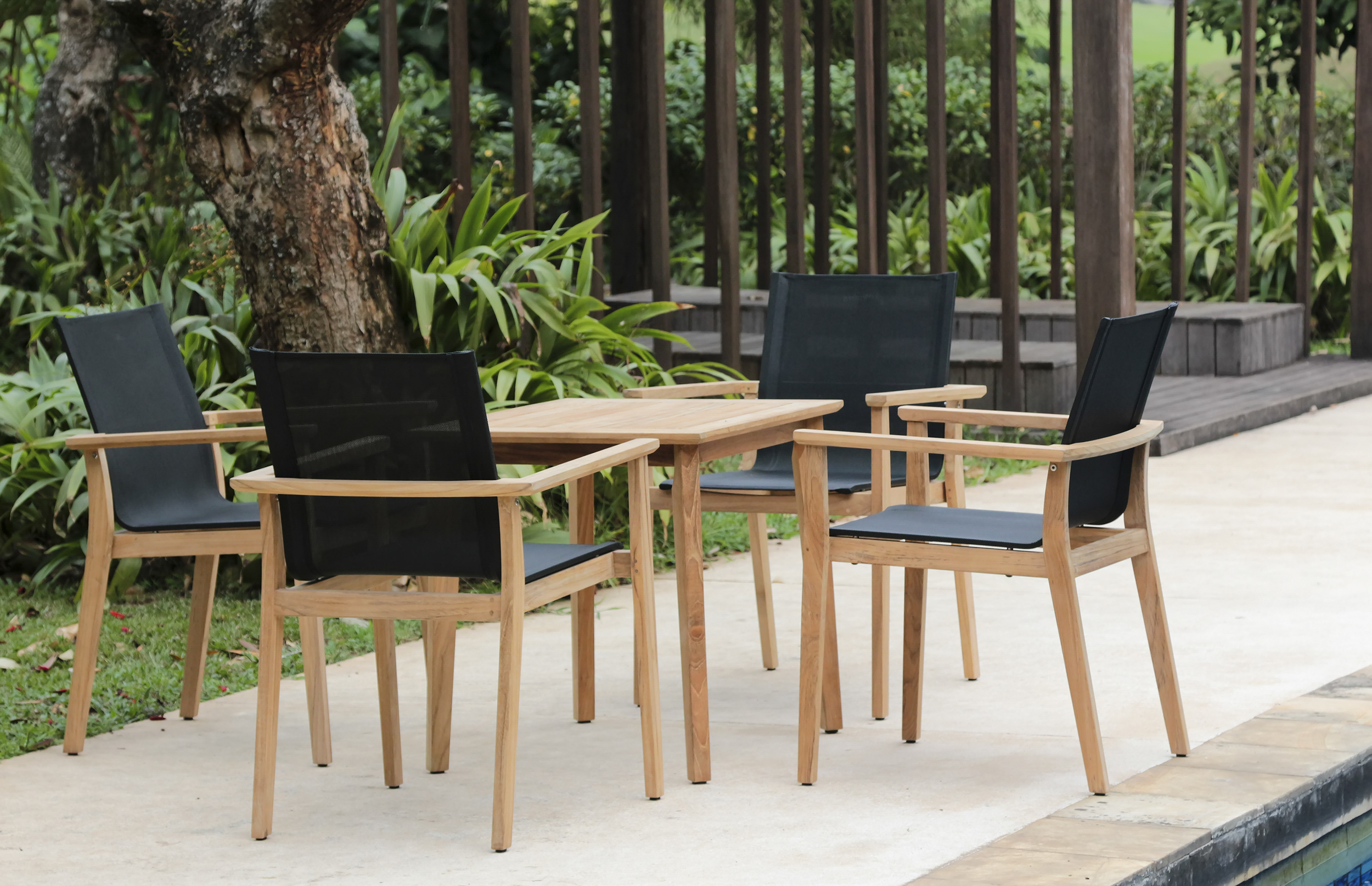 MAYA - Designed by the Danish designer Povl Eskildsen