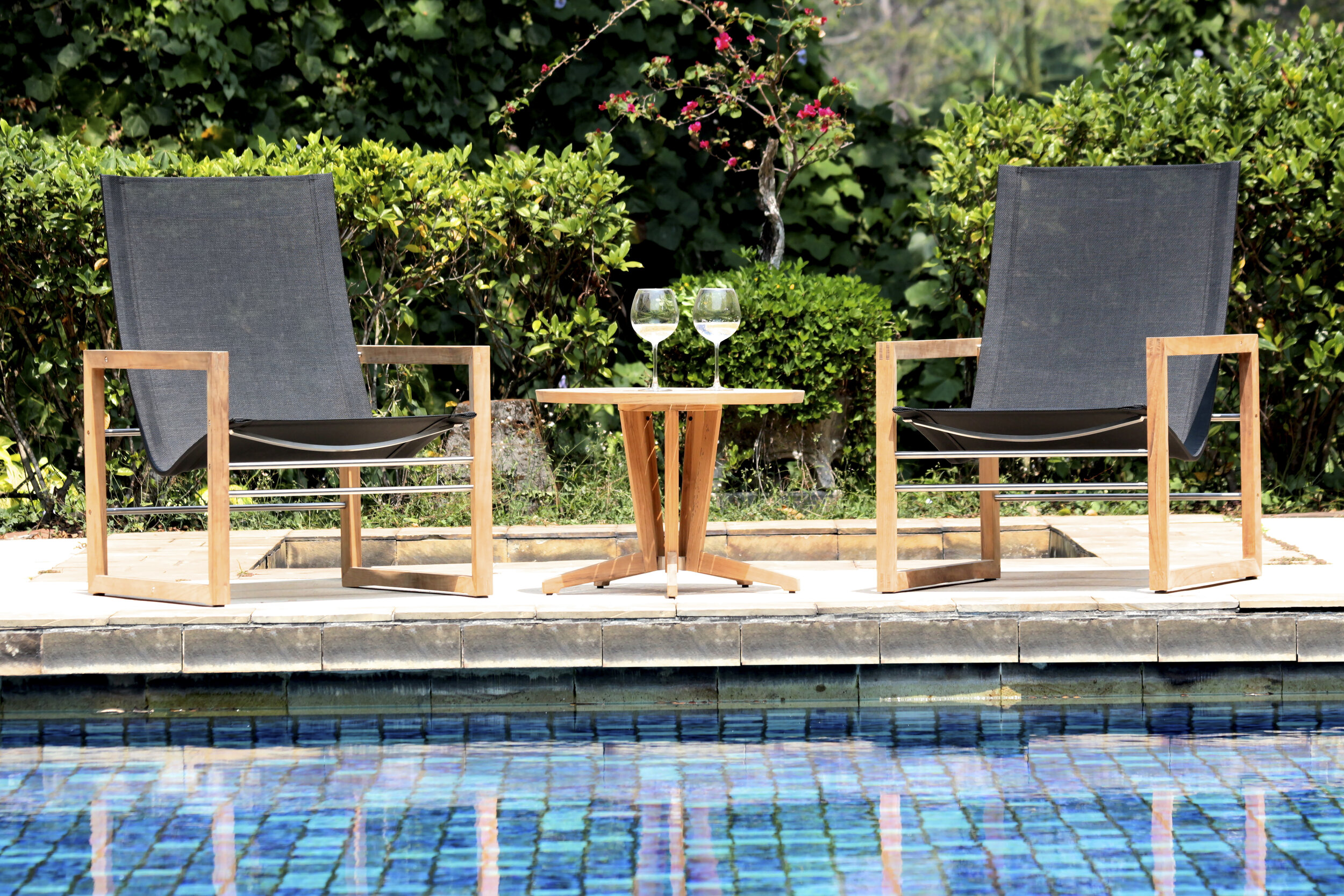 Cube Lounge Chair with Cube Round Side Table.jpg