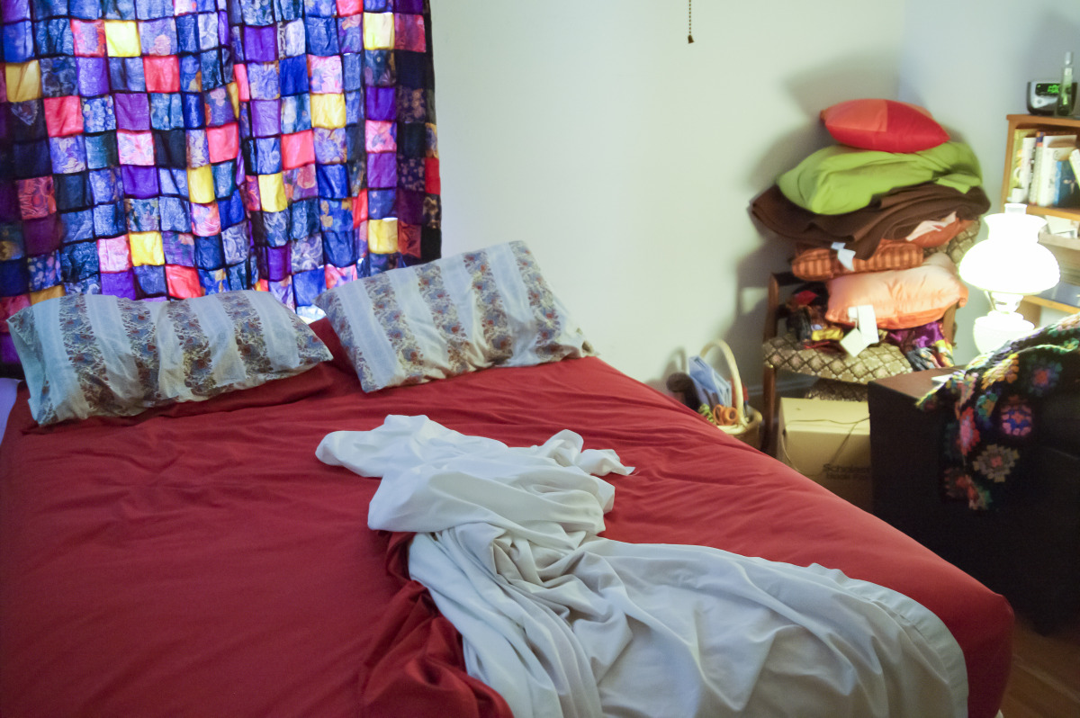 the_unmade_bed_-_026-2.jpg