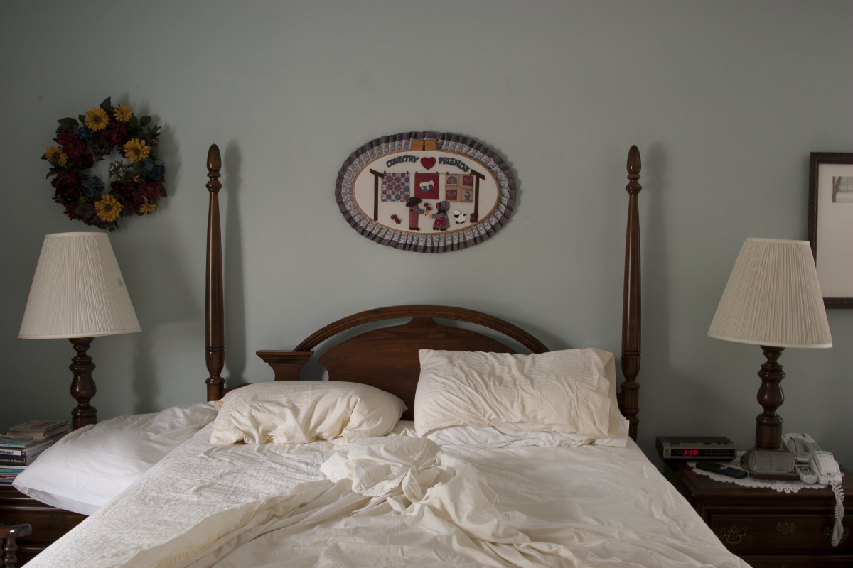 the_unmade_bed_-_055.jpg