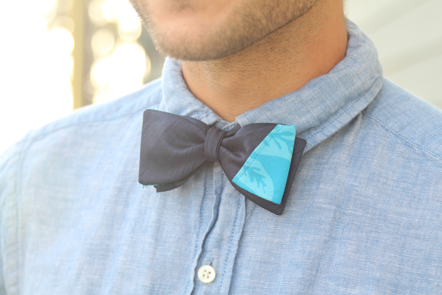 Your dapper bow ties from Solo Album have multiple ways of wearing them. Unlike the two-toned bow tie where both sides are completely different colors, Your Dapper bow-ties can create a much more sophisticated look by using the  rule of thirds  concept, from photography.