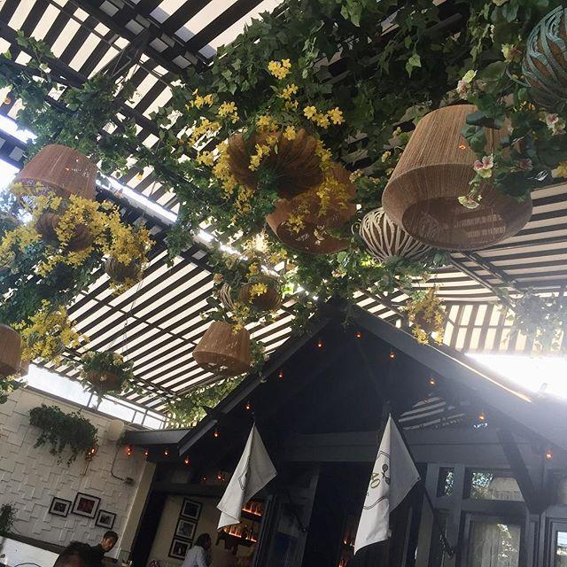 Indoor/Outdoor at @40love #losangeles #hollywood #bar #california