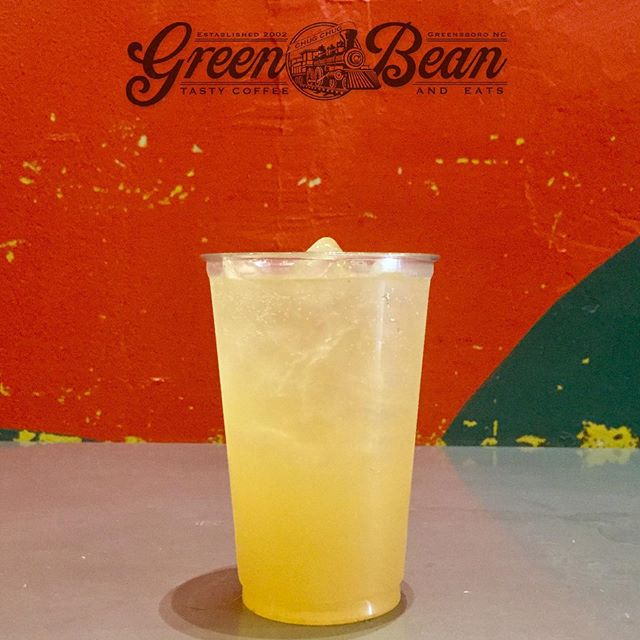 Working out of Green Bean in #Greensboro #NC today with an Iced Green Tea with a Cascade Hop simple syrup.  #dtgso #hops #cascadehops #tea #beverage #ncbeverage #hawaiibeverage #northcarolina #cafe