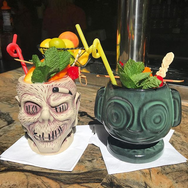 Walked around Wondercon, then we moseyed over to Trader Sam's for these enchanted cups!