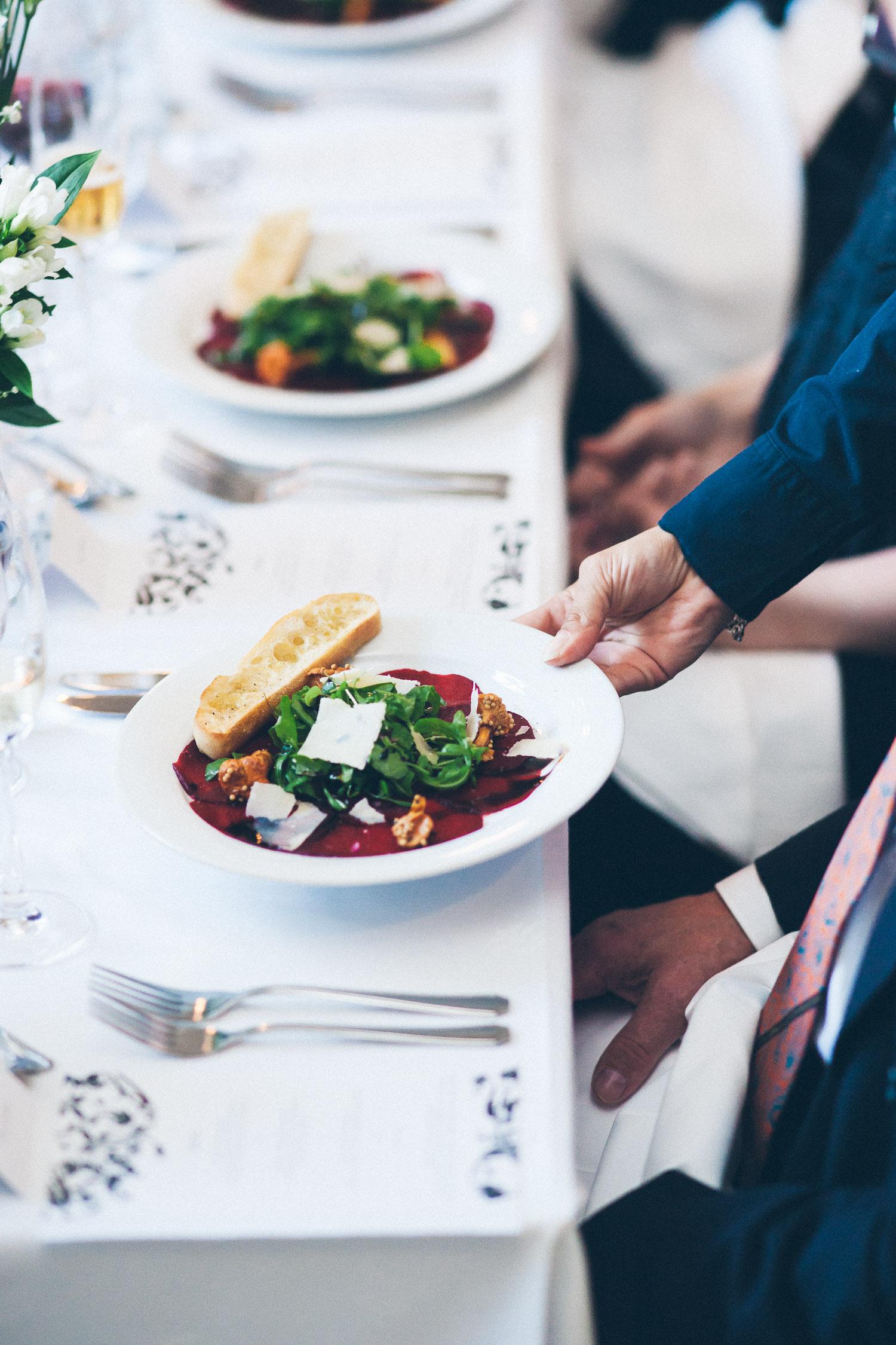 Ruokakuvat herättävät aistit. Asiakas: yksityishenkilö.