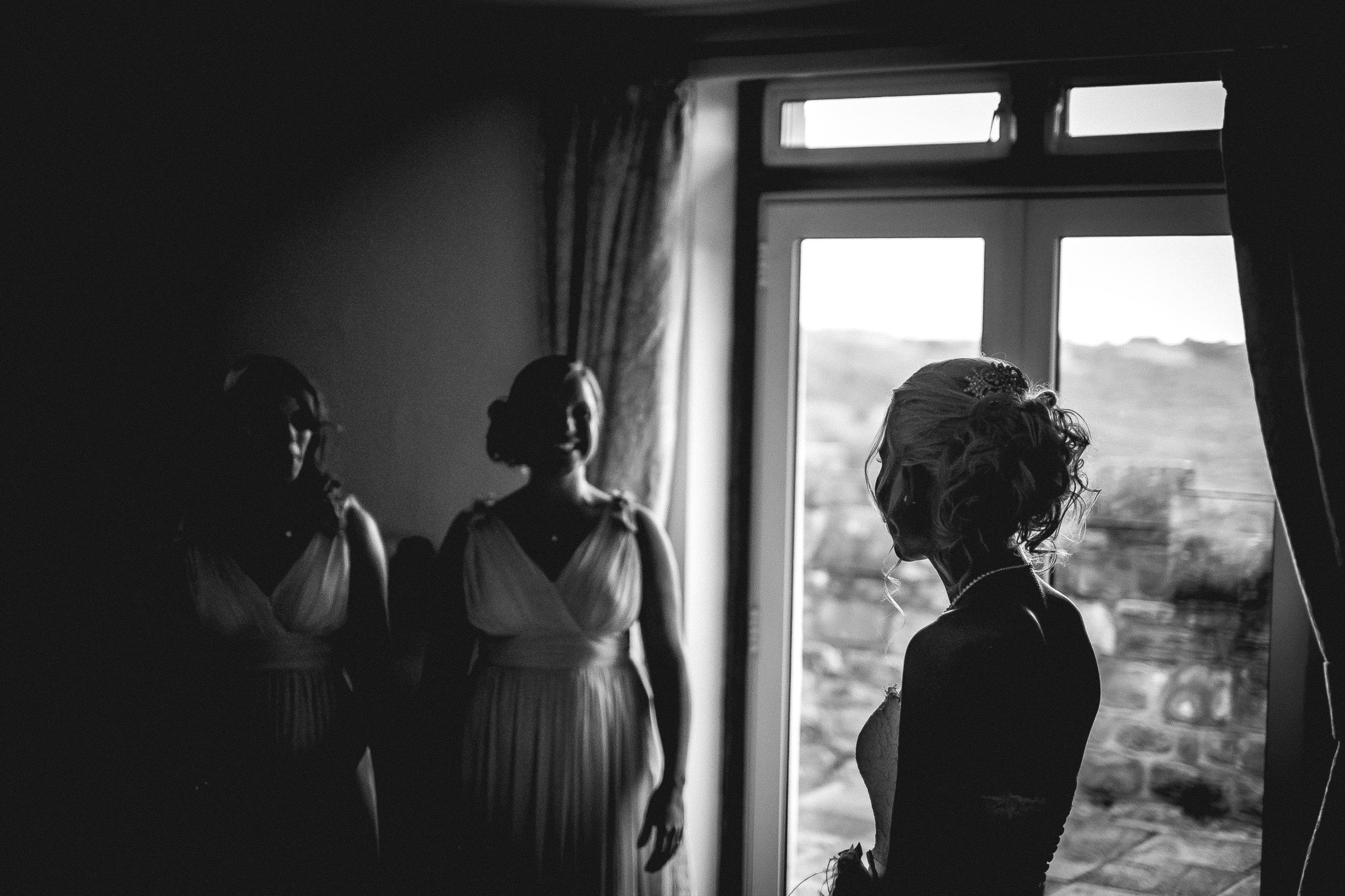 Summer weddings. | Fuji XE1 | 35mm | F1.4 - 1/4000th - iso1000