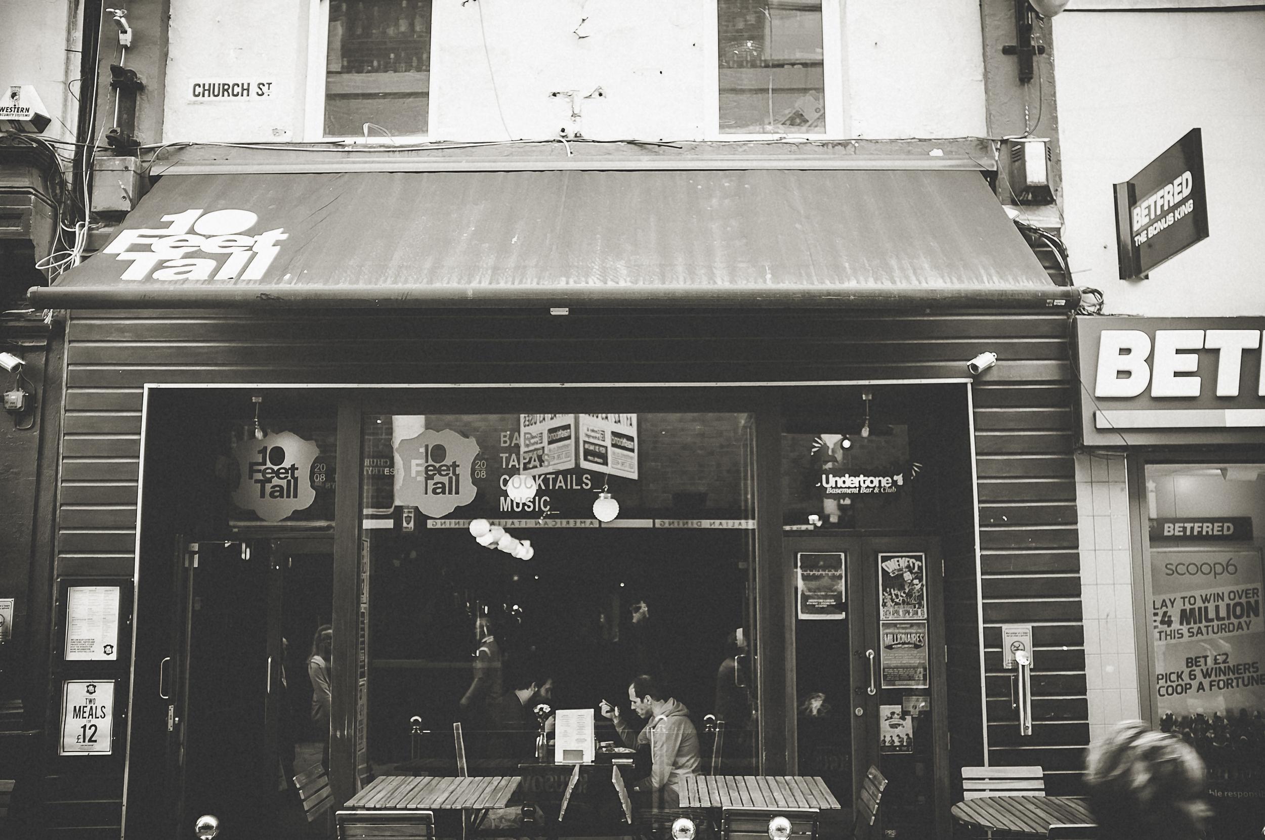 cardiff_street_photography_with_the_fuji_x100-9.jpg