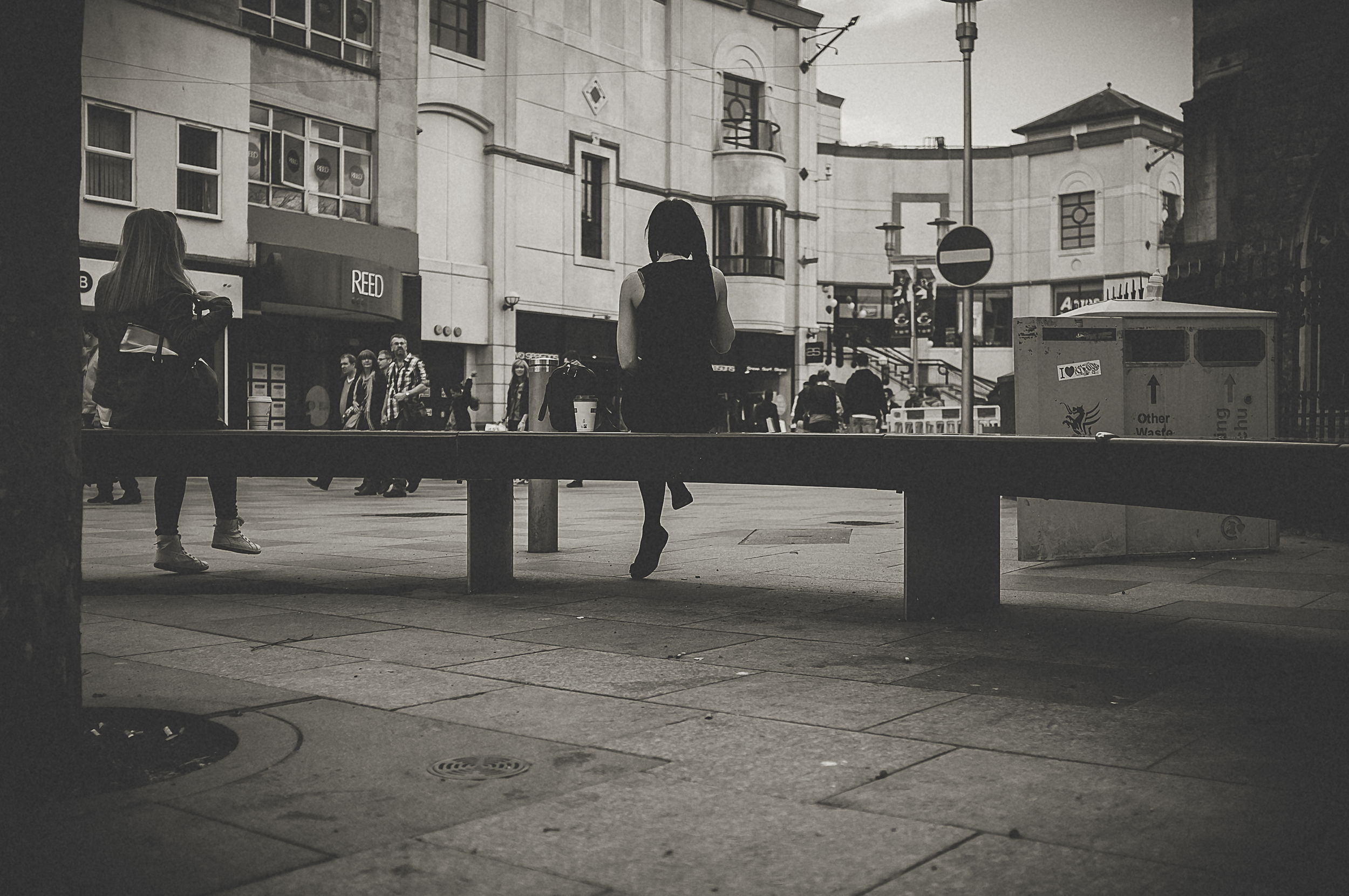 cardiff_street_photography_with_the_fuji_x100-16.jpg